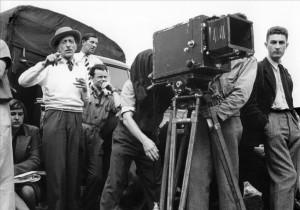 Жан Кокто во время съемок фильма «Орфей»