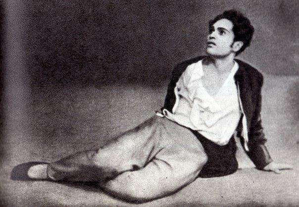 """Евгений - К. Сергеев в балете """"Медный всадник"""" Фотография с сайта http://pactalom.ga"""