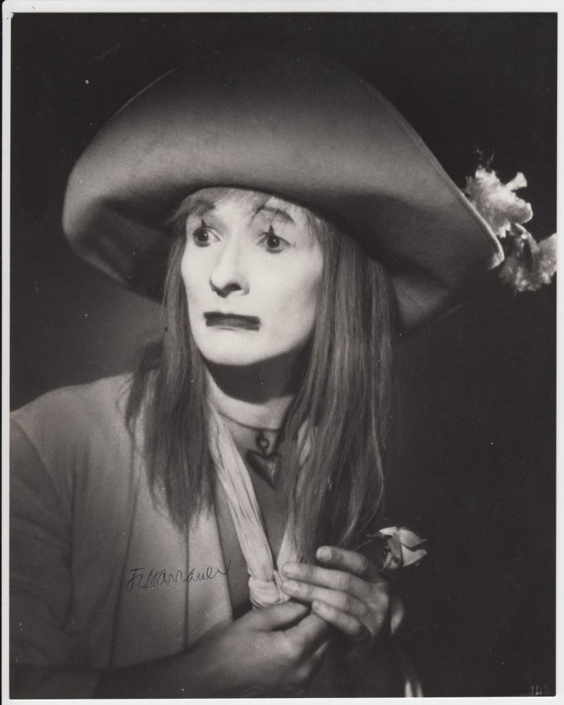 Фотография с сайта http://www.autographes-encheres.com